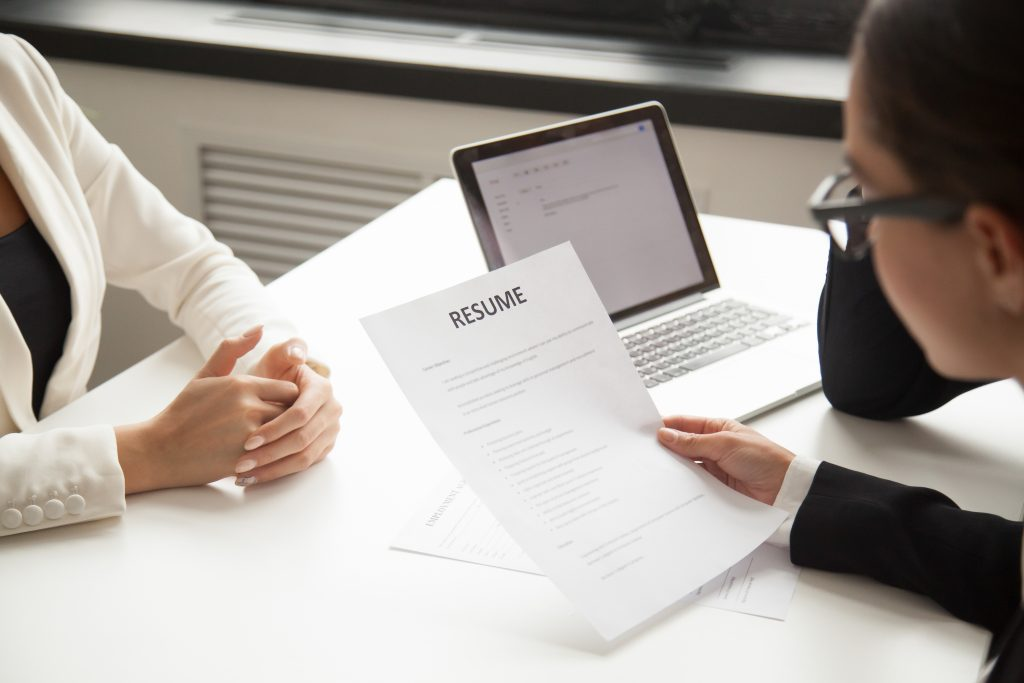 Hiring procedure resume remote candidates with help of remotedesk