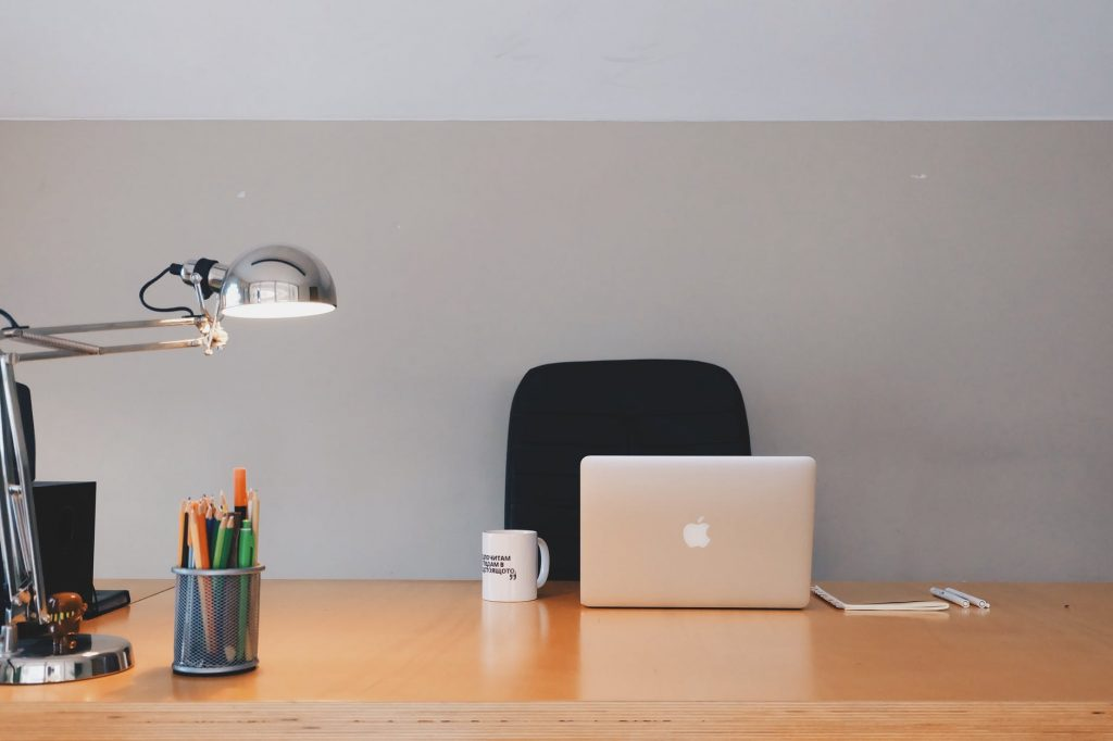 Productivity and Ergonomics: The Best Way to Organize Your Desk with the remotedesk. work-from-home