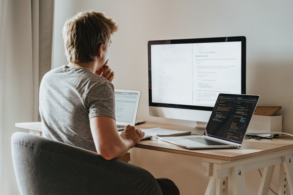 Remote Workforce Management Software - RemoteDesk